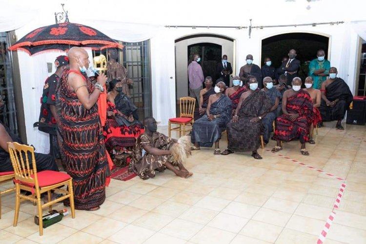 CI : Ôtimi Nanan Kassi, Roi des Baoulés, « séduisant » à Abidjan!