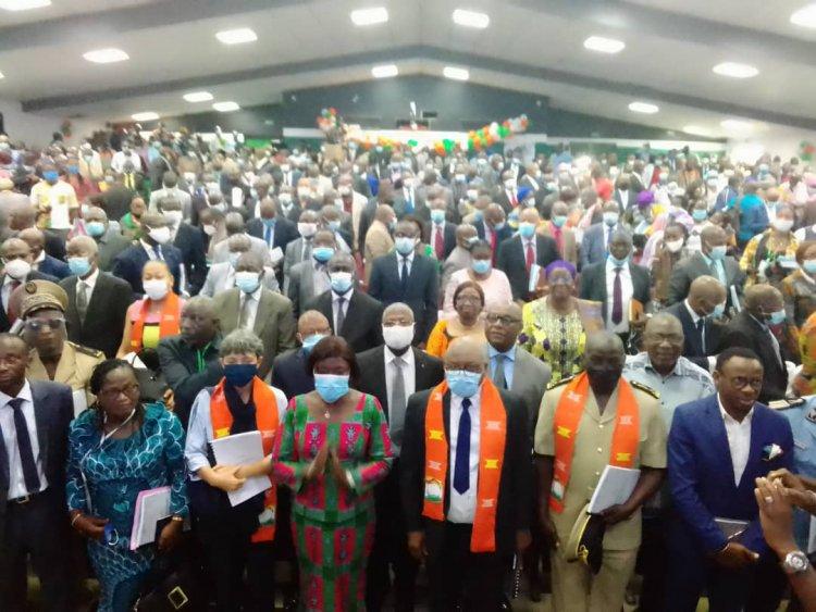 Côte d'Ivoire  : « La fraude et la tricherie faussent les résultats scolaires » (Pre Mariatou Koné)